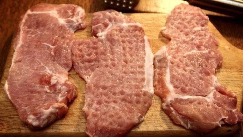 الاقتصاد: استيراد اللحوم المعلبة يحتاج لرخصة