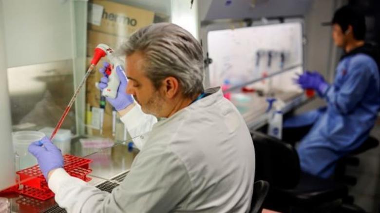 أمل العالم.. لقاحات وعلاجات محتملة لفيروس كورونا