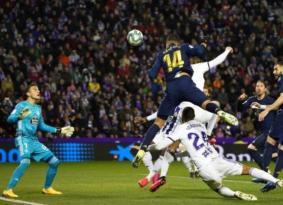 ريال مدريد يستعيد الصدارة بفوز صعب على بلد الوليد