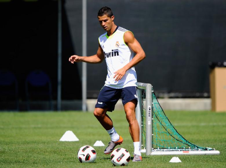 لماذا تدرب رونالدو وحيداً مع ريال مدريد؟