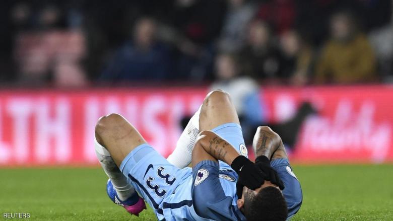 مهاجم مانشستر سيتي يتعرض لكسر في القدم