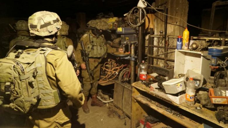 الاحتلال يغلق ورشة بزعم تصنيعها أسلحة في نابلس