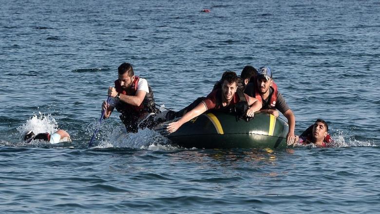 غرق 5 مهاجرين وإنقاذ 117 قبالة السواحل الليبية