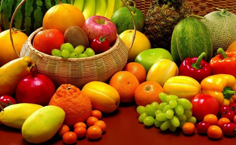 أكثروا من تناول الخضار والفاكهة والسبب..