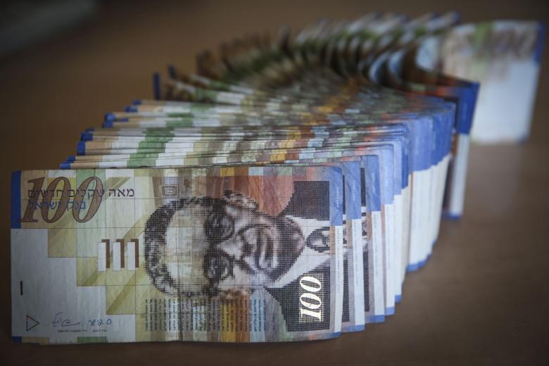 أسعار العملات مقابل الشيكل الاسرائيلي في فلسطين اليوم