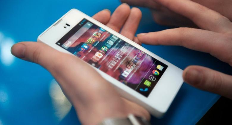 7 أخطاء يرتكبها الجميع عند شحن الهواتف الذكية