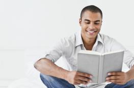 هل قراءة الرّوايات مَضيعة للوقت؟