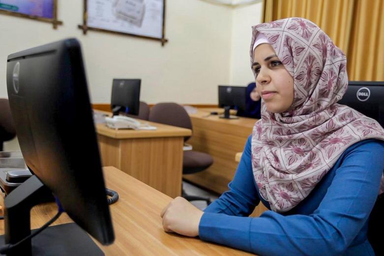 تصدر طلبة التمريض من الكلية الجامعية لامتحانات التوظيف الحكومية