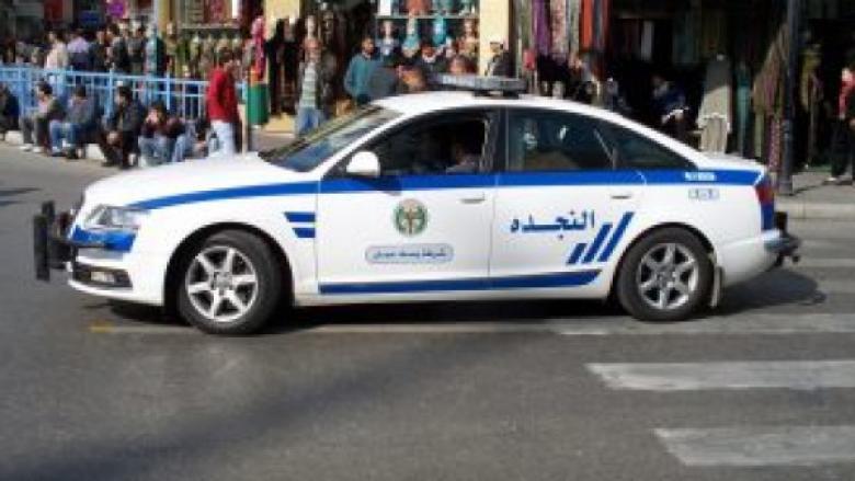 الأمن الأردني يضبط رجلًا عذب ابنته بمساعدة زوجته