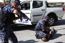 القبض على 33 شخصاً بالخليل لإعاقتهم عمل الشرطة
