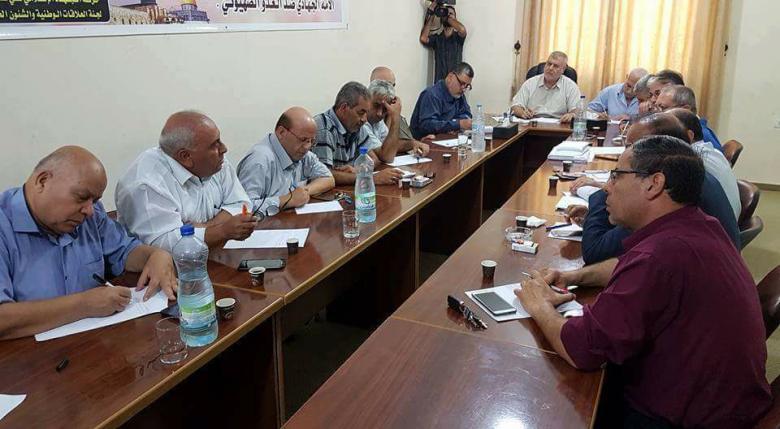 الفصائل تدعو عباس لالتقاط مبادرة حماس بحل اللجنة الإدارية