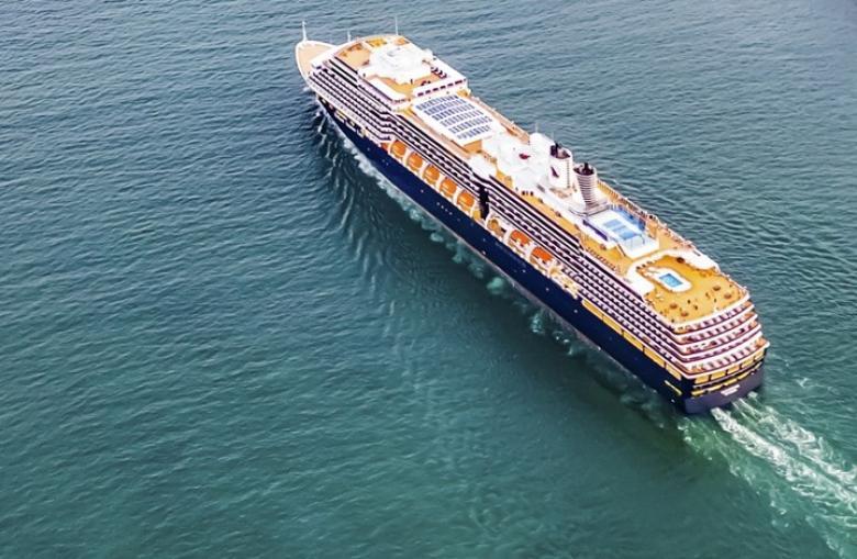 رعب كورونا.. سفينة أمريكية تتوه في الهادئ بحثا عن مرسى