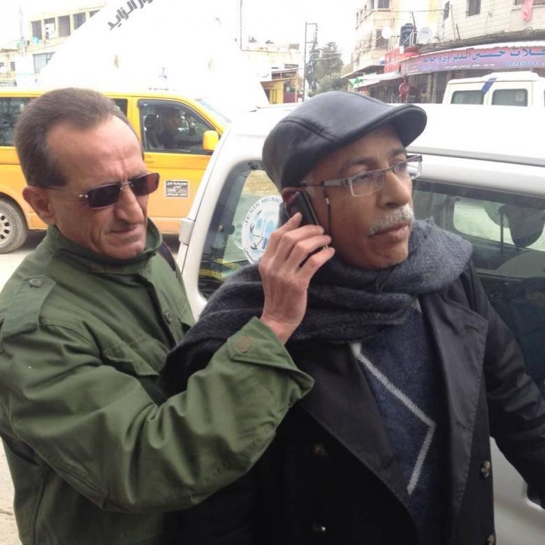 مواطنون يعتدون على رئيس بلدية جنين