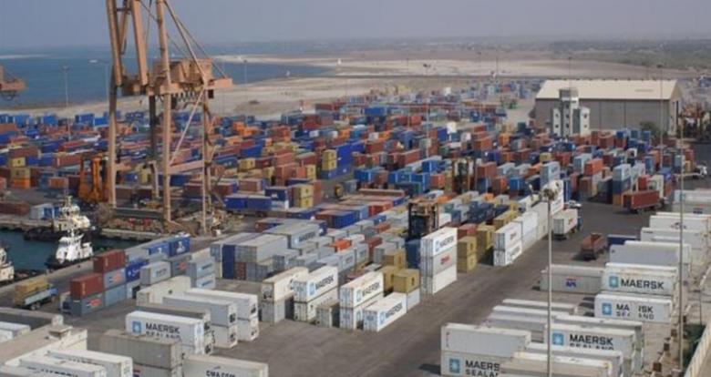 مصر تعيد فتح 7 موانئ بعد تحسن الطقس