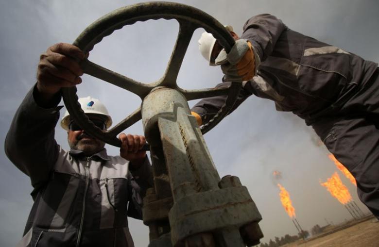 ضعف كفاءة أسواق النفط يضرب استثمارات بمليارات الدولارات