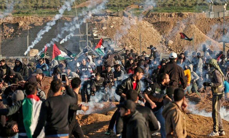 مركز حقوقي يرصد انتهاكات الاحتلال في الجمعة ال42 لمسيرات العودة