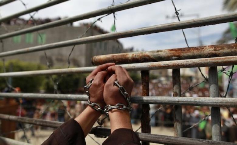 الاحتلال يعيد اعتقال أسير من جنين لحظة الإفراج عنه
