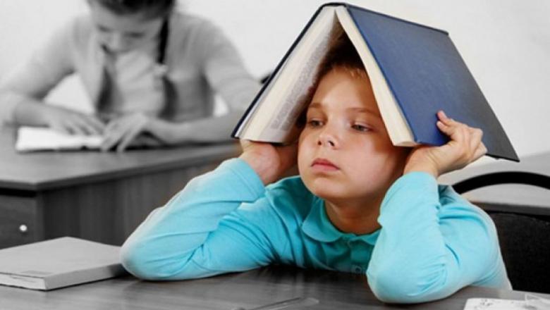 لماذا يخاف الطفل من الامتحان ؟