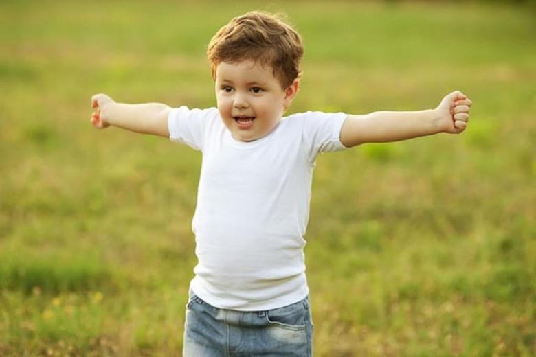 تعرَّفي إلى أساسيات بناء شخصية الطفل