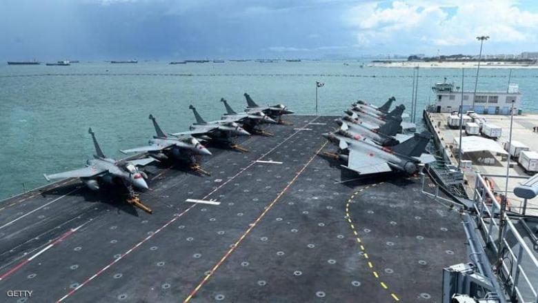 فرنسا ترسل حاملات طائرات إلى الشرق الأوسط