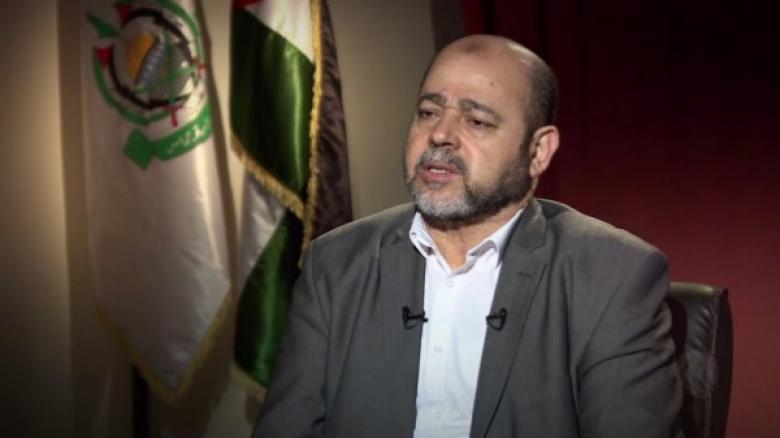 أبو مرزوق يطالب عباس برفع العقوبات عن غزة