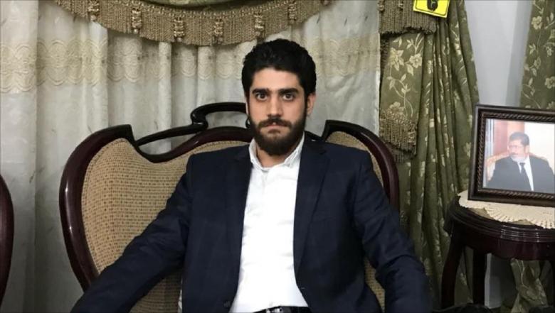 تغريدة مؤثرة من نجل مرسي بعد وفاة شقيقه