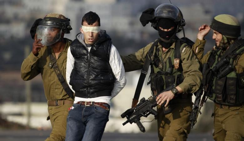 الاحتلال يعتقل شاباً من قلقيلية وسط القدس