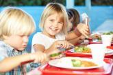 علمي طفلك قواعد إتيكيت الطعام