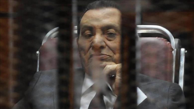 """مبارك ينتظر العودة لمنزله قبل أن يدركه """"القدر"""""""