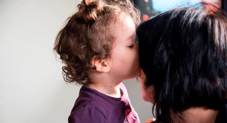 """دراسة تكشف تأثير خطير لـ """"الكذب الأبيض"""" على الأطفال في المستقبل"""