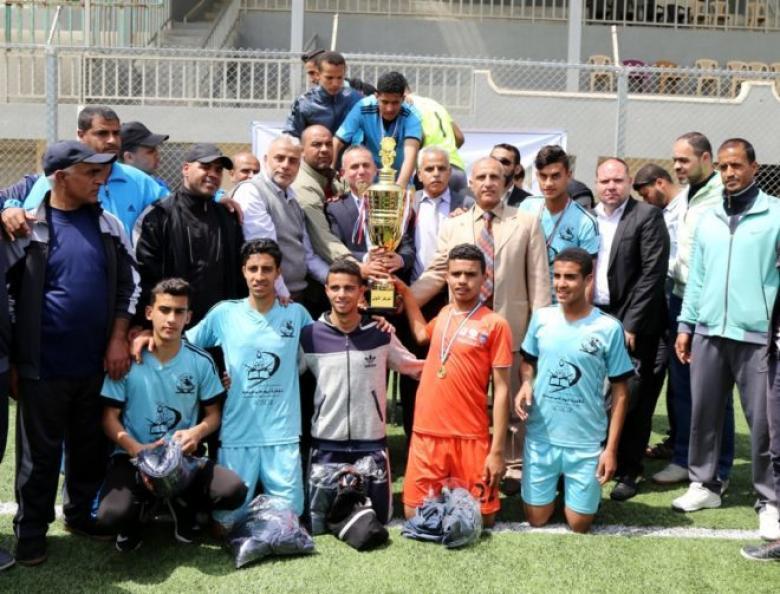 تعليم الوسطى تتوج ببطولة القدس لكرة القدم