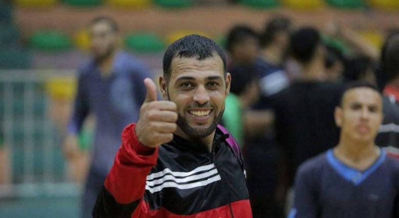 نجم خدمات البريج يعود إلى قطاع غزة