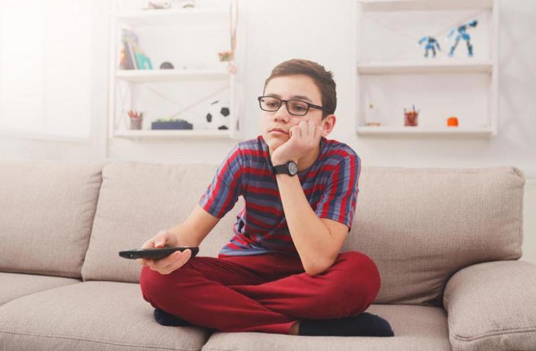8 خطوات لعلاج ابنك الكسول