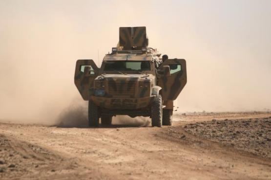 القوات الكردية تسيطر على مطار الطبقة بريف الرقة