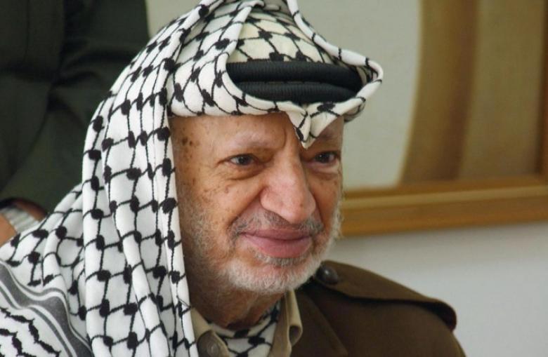 كشف مخطط إسرائيلي لاغتيال عرفات بإسقاط طائرة سعودية