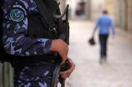 أجهزة الضفة تعتقل 6 مواطنين وتستدعي 2 آخرين