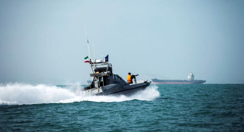 الحرس الثوري الإيراني يعلن احتجاز سبعة قوارب واعتقال 24 أجنبيًا