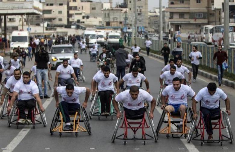 سباق لذوي الإعاقة بغزة دعماً للمعتقلين المرضى في سجون الاحتلال