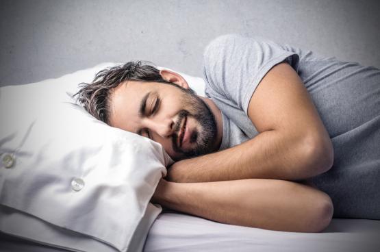 وضعية جسمك تحدد الفوائد التي تحصل عليها من النوم