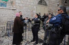 الاحتلال يعتقل سيدة قرب المسجد الإبراهيمي
