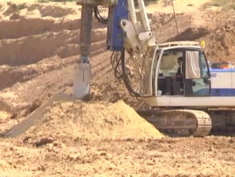 الخارجية الإسرائيلية تستغل حادثة النفق لوقف إدخال الإسمنت لغزة
