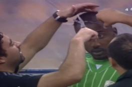 """إيقاف مباراة بالدوري بسبب تسريحة شعر """"محرمة"""""""