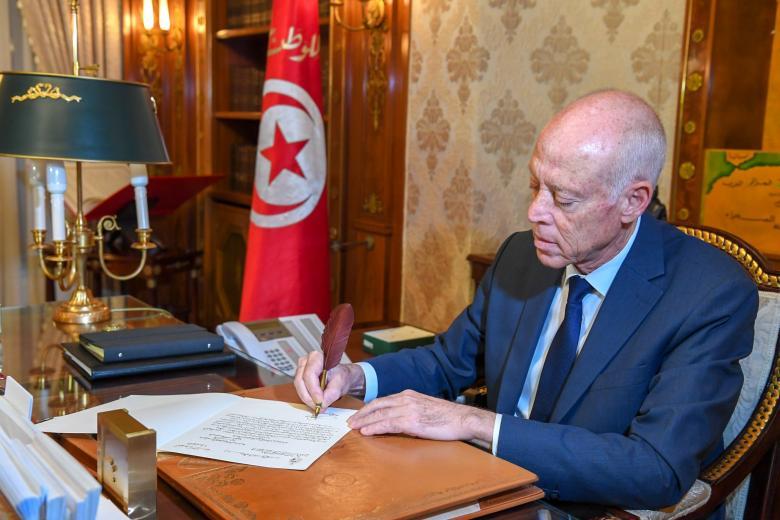 هذا ما قاله .. الرئيس التونسي يغرد عن تجاهل العالم لقضية فلسطين (صورة)