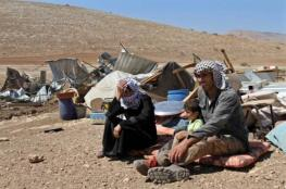 الاحتلال يهدم 10 مساكن للبدو في تجمع الخان الأحمر