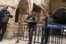 الاحتلال يبعد 7 مواطنين عن الأقصى لمدة 15 يوما