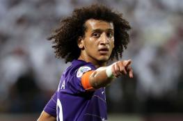 أفضل لاعب بآسيا في قطر لمواجهة برشلونة