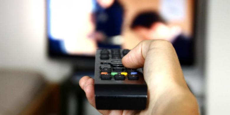 دراسة: لا تتناولي «السناكات» وأنتِ تشاهدين التلفاز!
