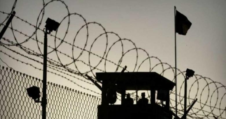 """الاحتلال يزعم إحباط عملية طعن بسجن """"إيشل"""""""