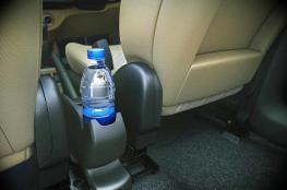 كيف تتسبب زجاجة ماء بحرق سيارتك ؟