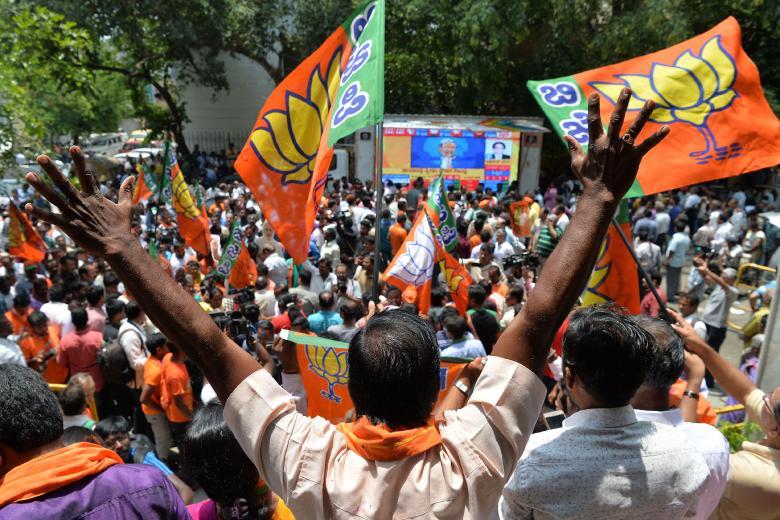 900 مليون يدلون بأصواتهم في الانتخابات التشريعية بالهند